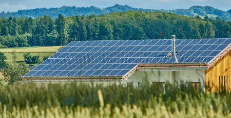 El precio del vidrio fotovoltaico eleva el coste del módulo solar